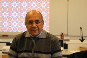 Abdelmalek Thalal fait souvent des interventions dans les collèges et les lycées pour présenter ses recherches (photo : Nour-Eddine Beradai)