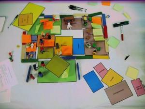 Les habitants ont utilisé une manière originale de penser à l'avenir des écoles. (photo : BB).