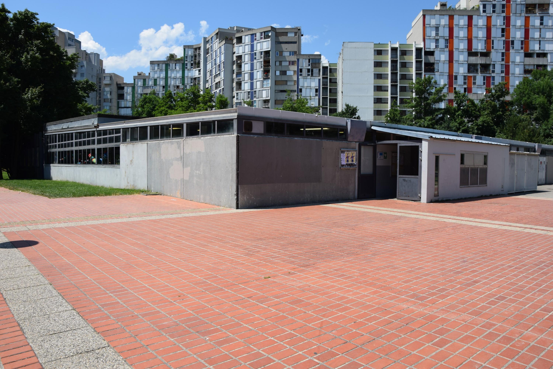 Fermeture de la piscine iris la mairie reste sur sa ligne for Fermeture piscine