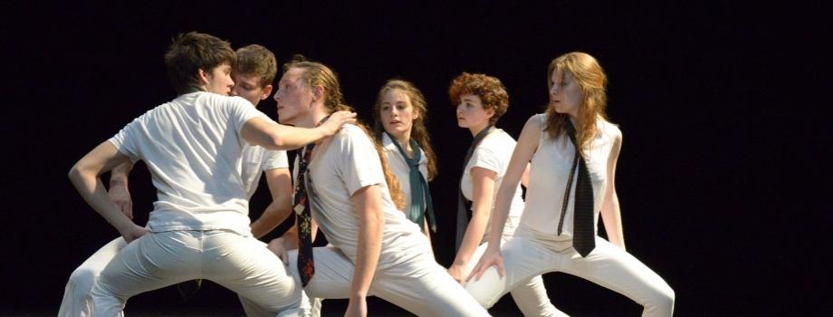 Jeunes danseurs de la Villeneuve