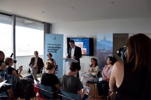 Lors de la conférence de presse, jeudi 9 juin. De gauche à droite, Alain Denoyelle, Mondane Jactat, Éric Piolle, Élisa Martin et Corinne Bernard. (photo : BB, Le Crieur de la Villeneuve)