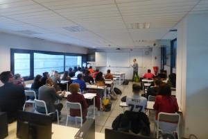 Intervention de Jean-Marc Mahy au lycée Marie Curie, à Échirolles, lundi 3 octobre. (photo : Cindy Drogue, Villeneude Debout)