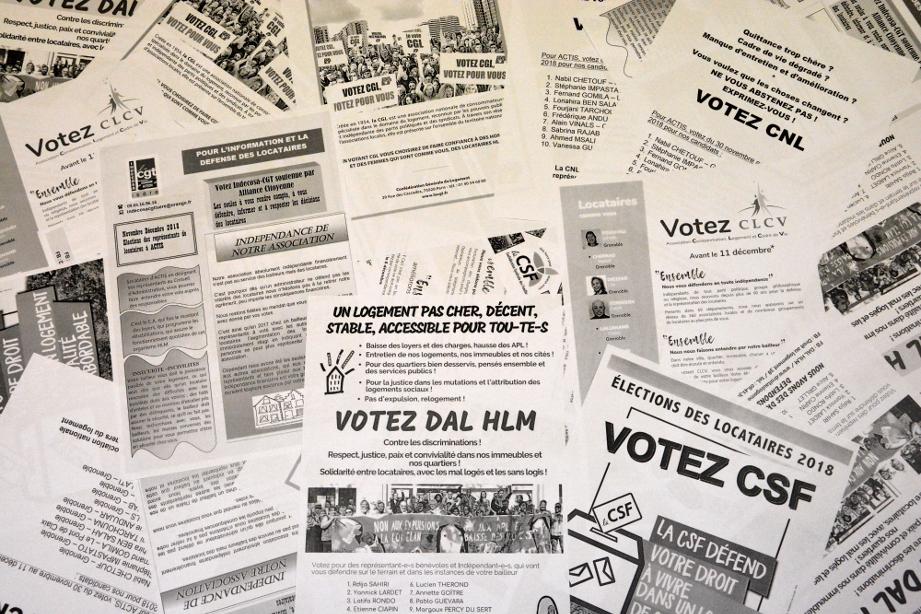 Professions de foi des différentes associations de locataires pour les élections dans les HLM de 2018. (photo : BB, Le Crieur de la Villeneuve)